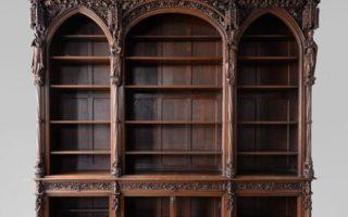 Характеристики готической мебели