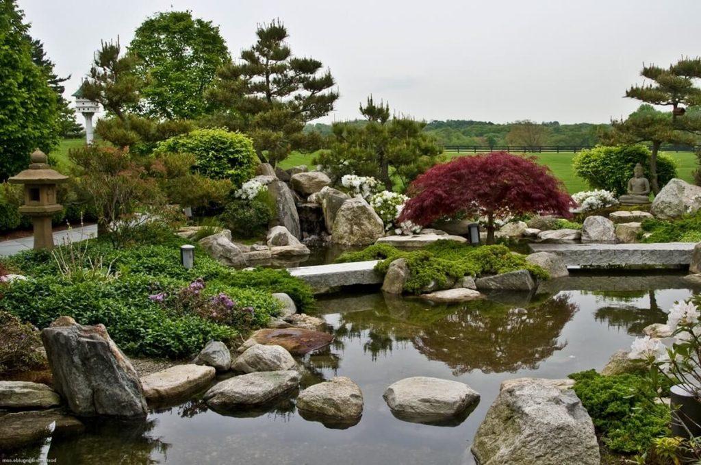 Пруд-в-японском-саду